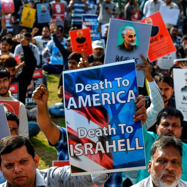 """""""Poliitikute töölaud"""": USA ülespuhutud leegid jäävad Iraanis hõõguma"""