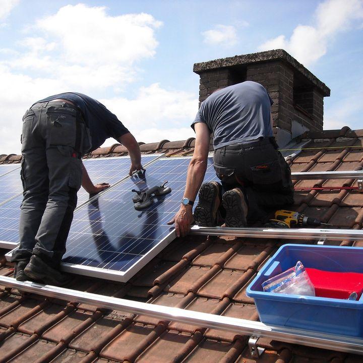 Lagunev katus päikesejaamaks ei sobi